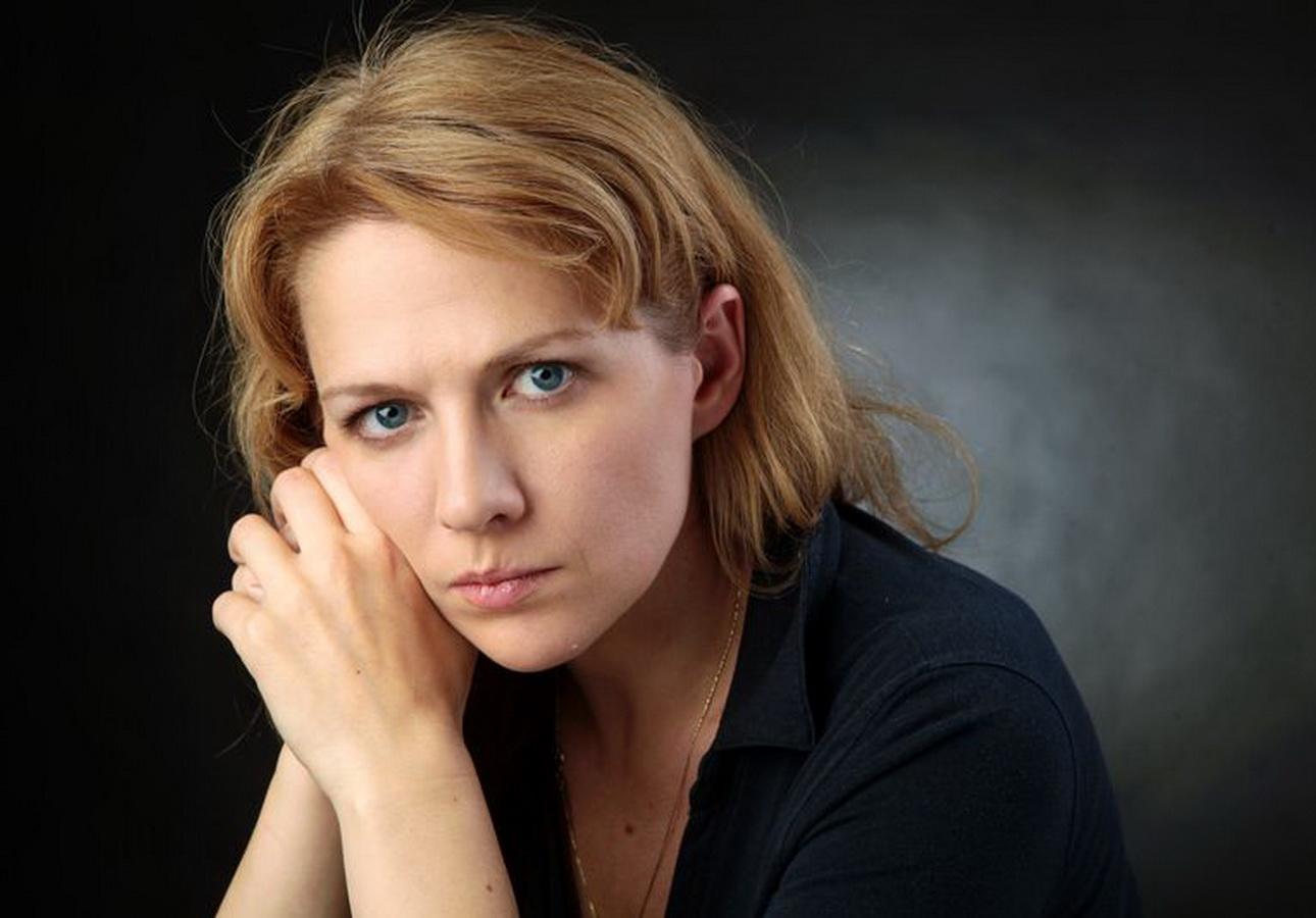 Актриса Мария Сурова