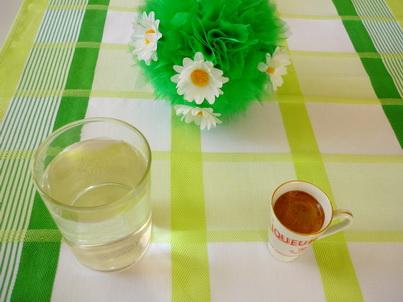 Чашка Ристретто и стакан воды