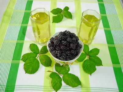 Чай из листьев ежевики