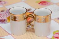 Две чашки с кипятком. Для прогрева