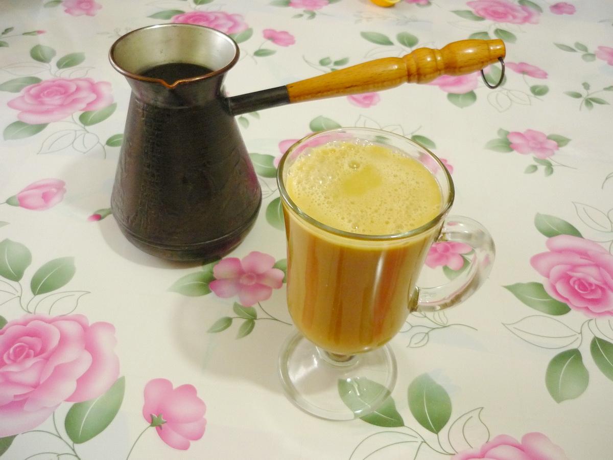 Смотреть Энергетик в домашних условиях: рецепты приготовления бодрящего напитка видео