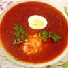 Горячий суп свекольник