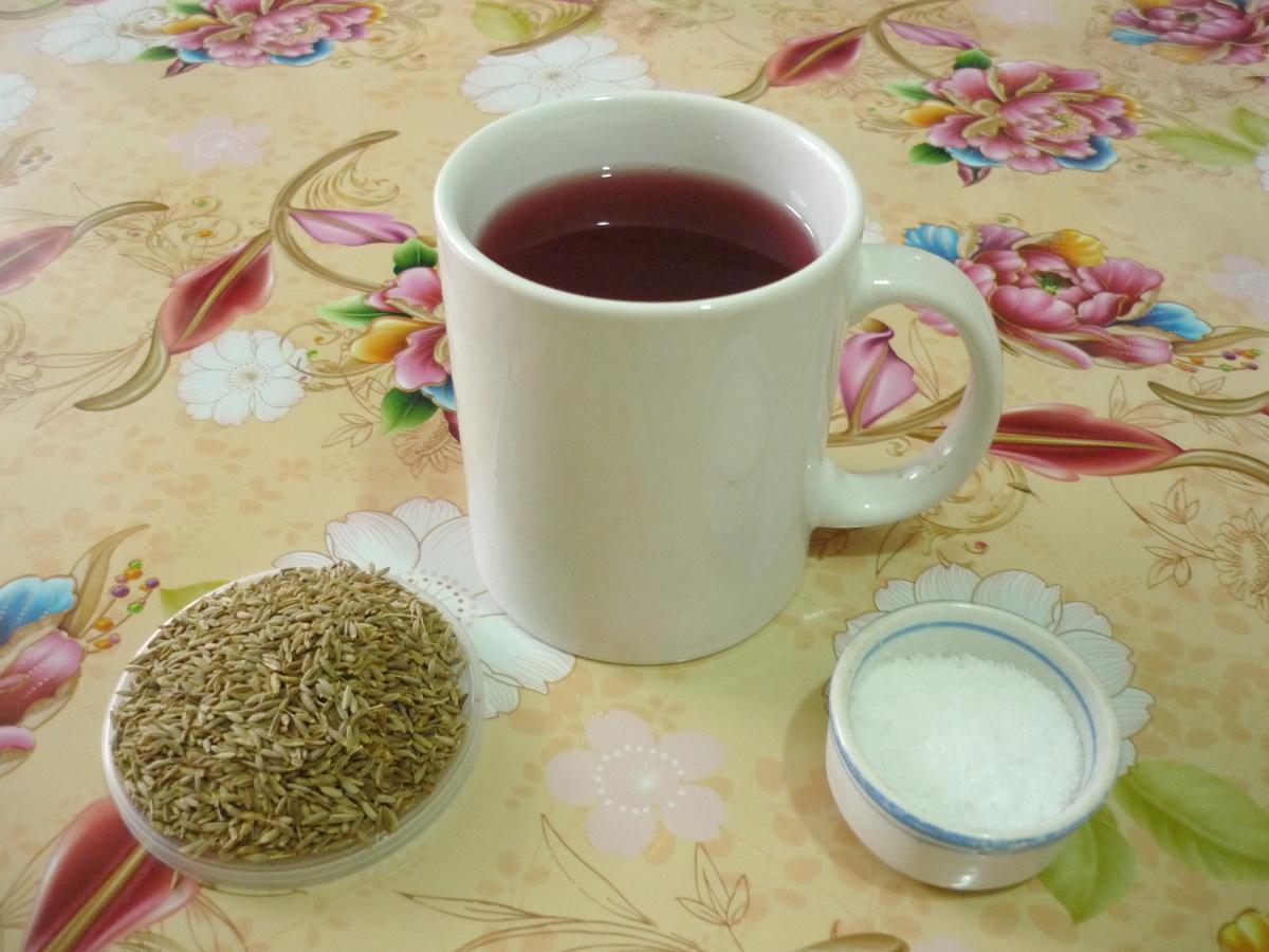 Гранатовый напиток с зирой и солью