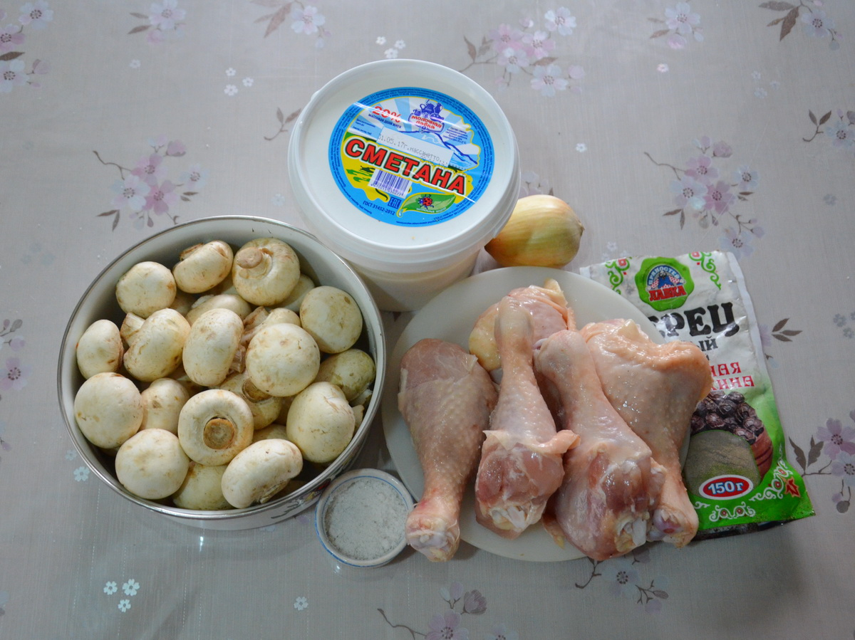 Ингредиенты для куриных голеней с грибами