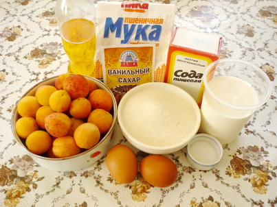 Ингредиенты абрикосового пирога