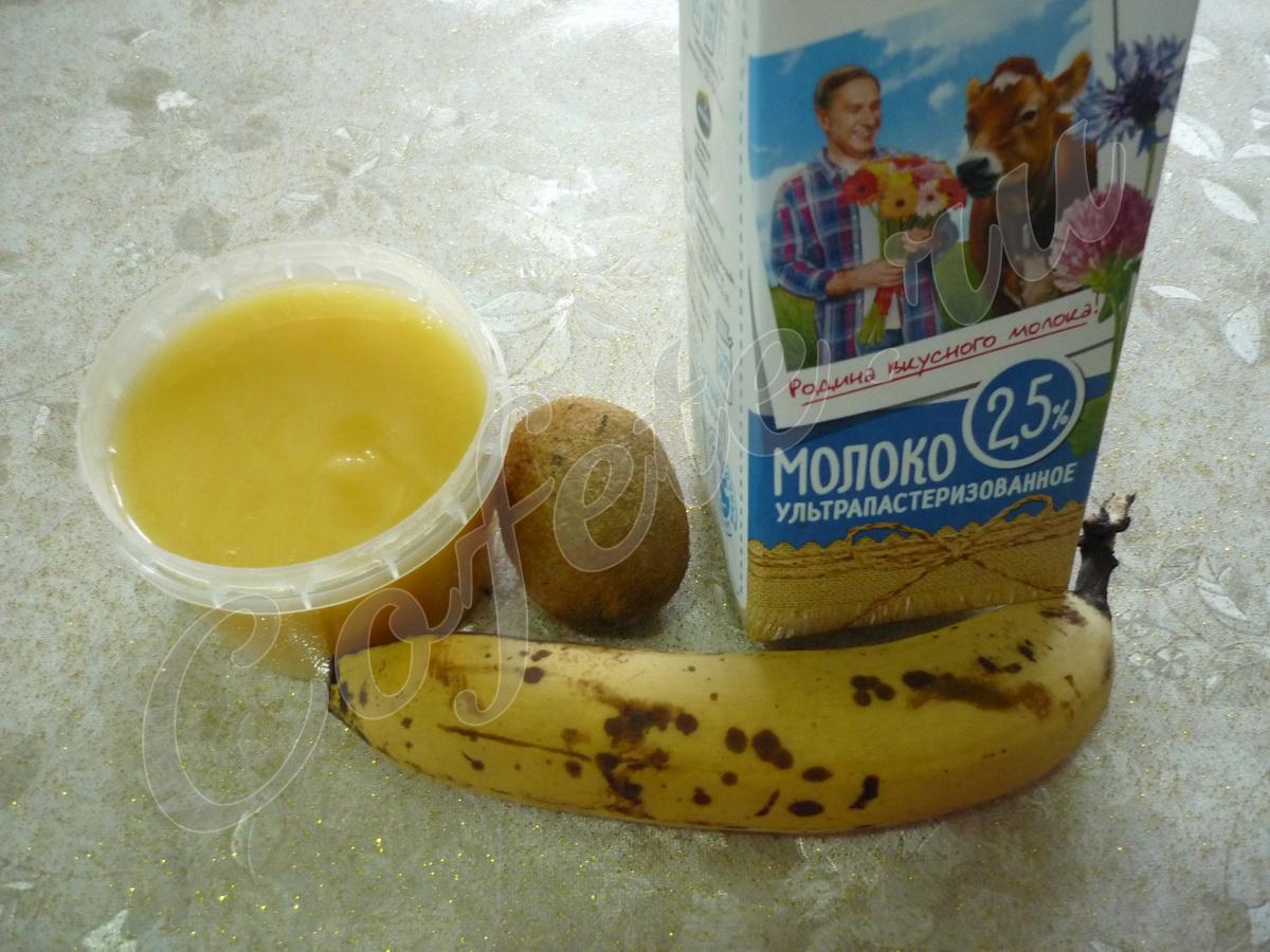 Ингредиенты бананового смузи