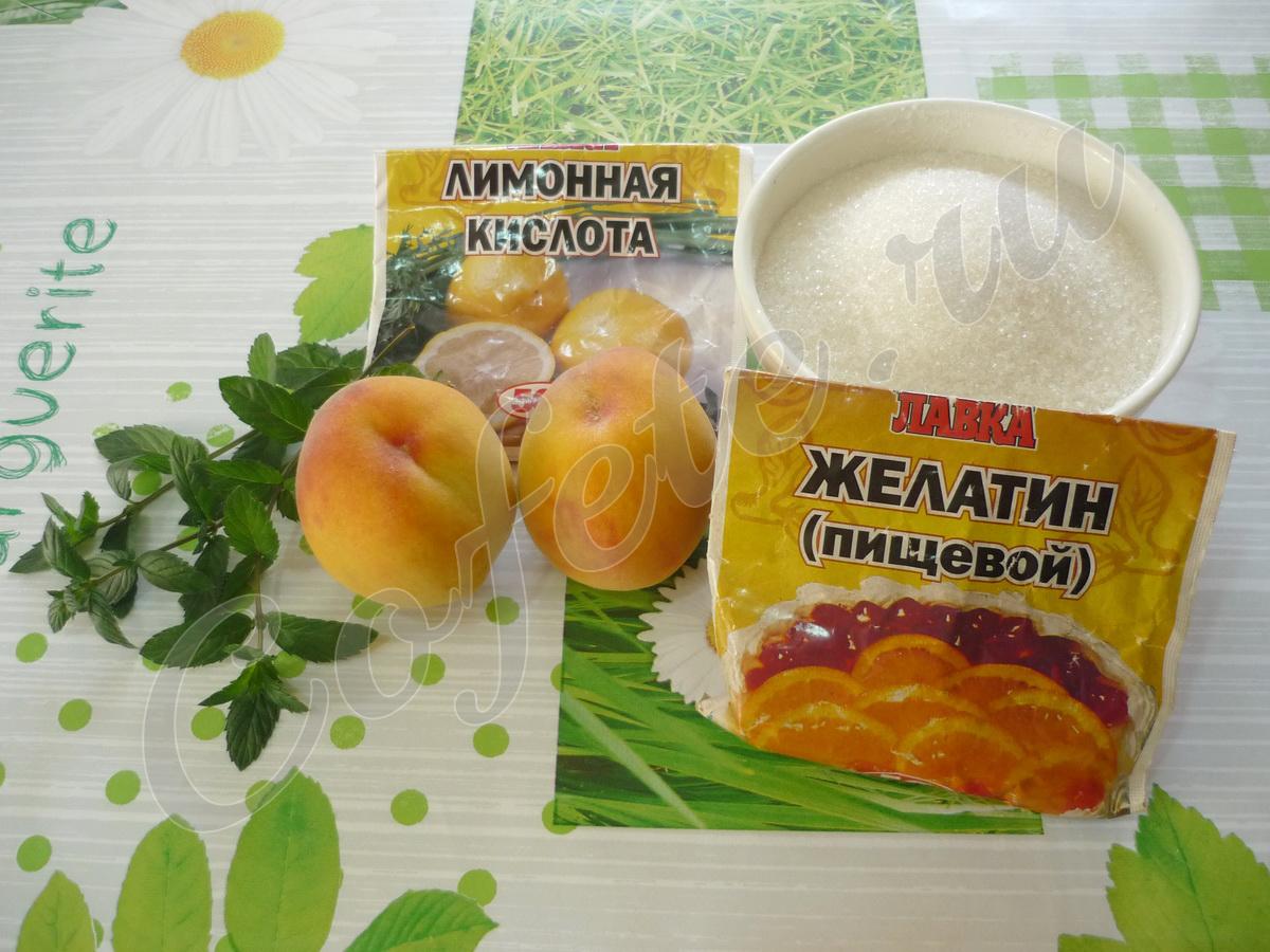 Ингредиенты десерта из персиков