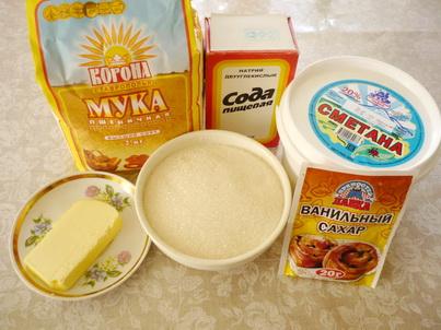 Ингредиенты торта со сметанными коржами