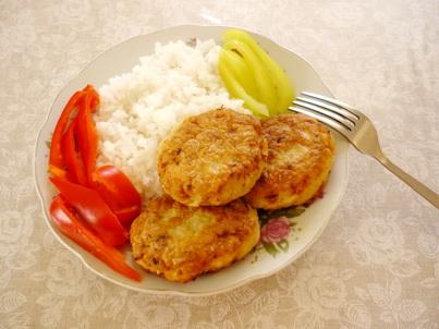 Котлеты из филе минтая с рисом
