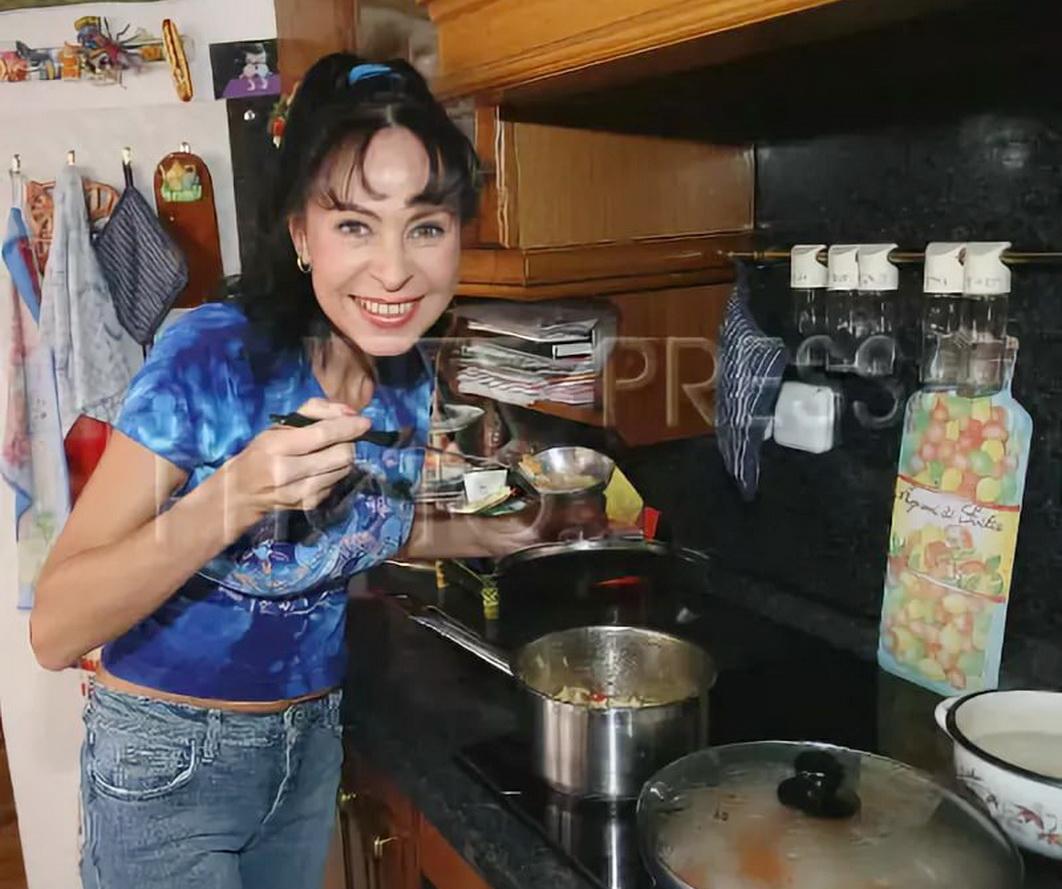 Марина Хлебникова на кухне