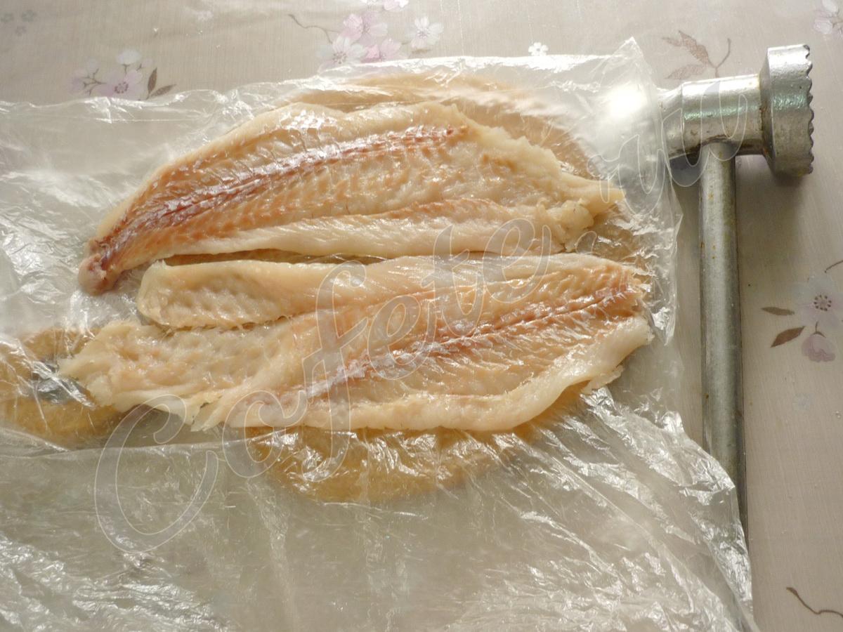 Отбиваем рыбное филе