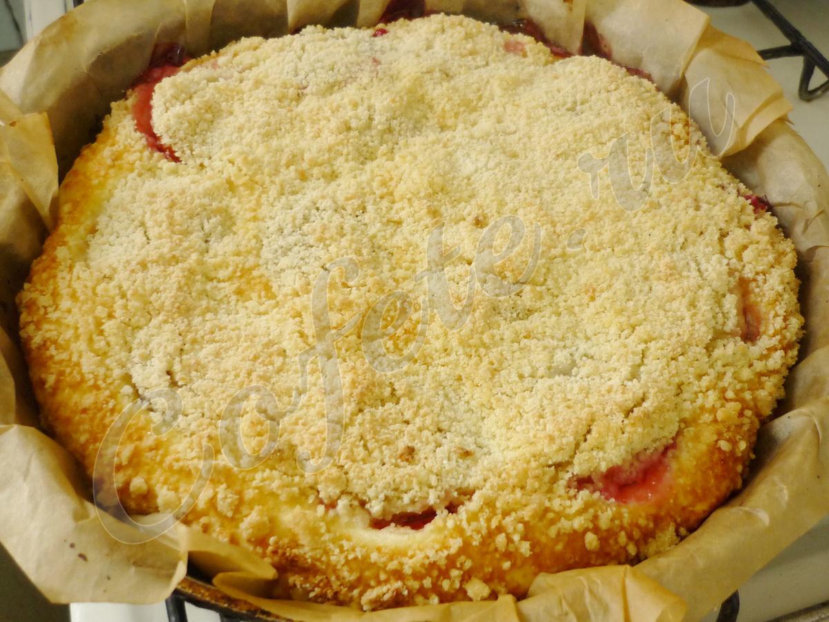 Румяный творожный пирог