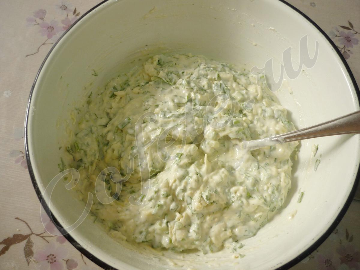 Замешиваем тесто для оладьев