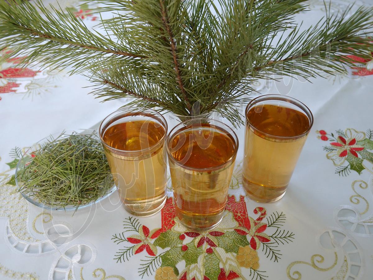 Три стакана хвойного напитка