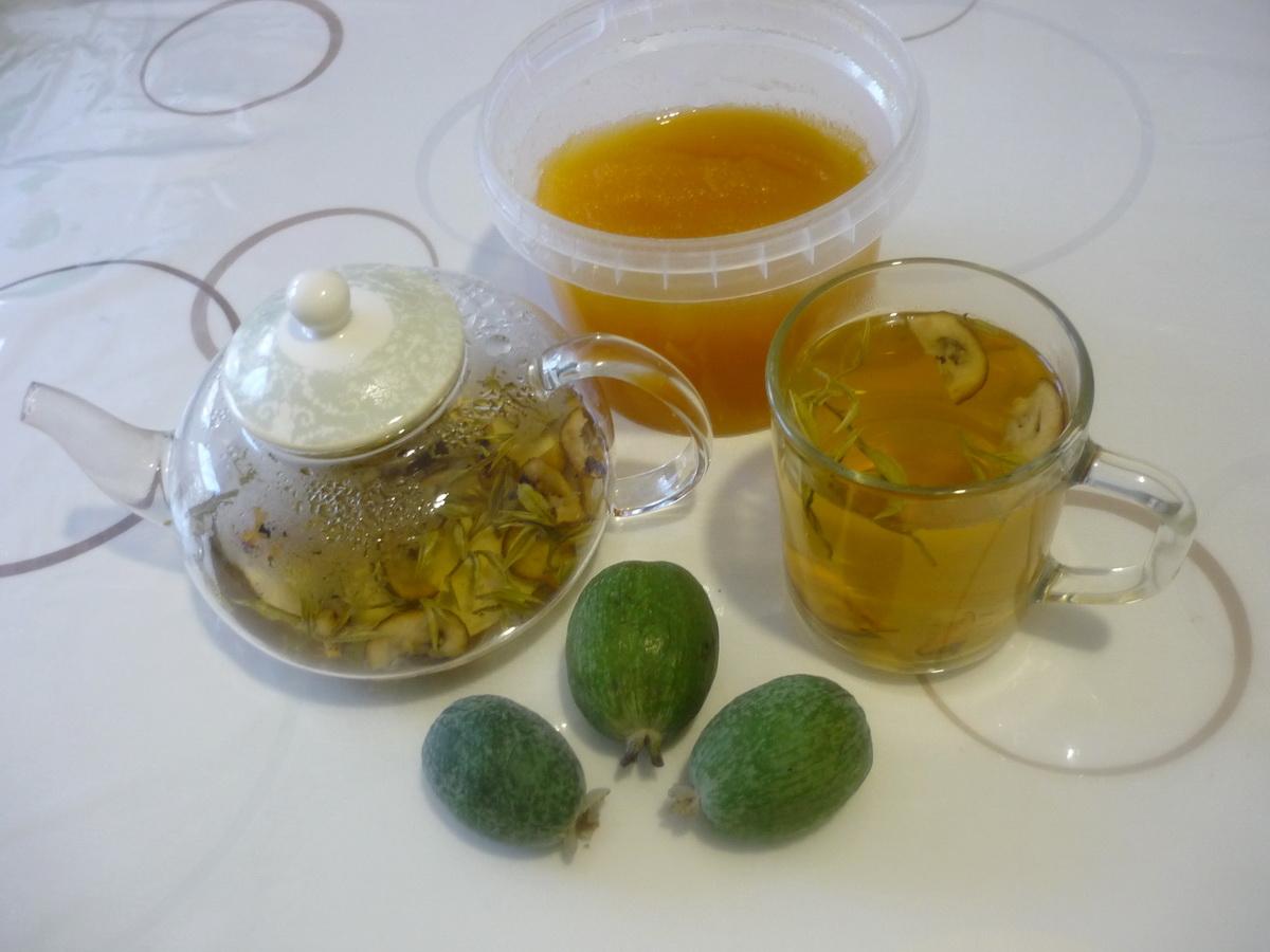 Зеленый чай с фейхоа готов